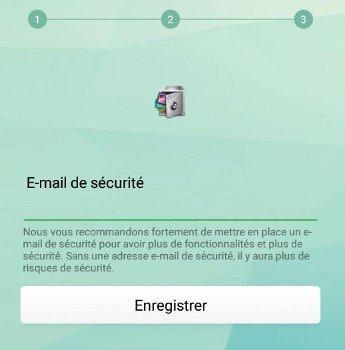 Adresse mail de sécurité sur un écran interactif