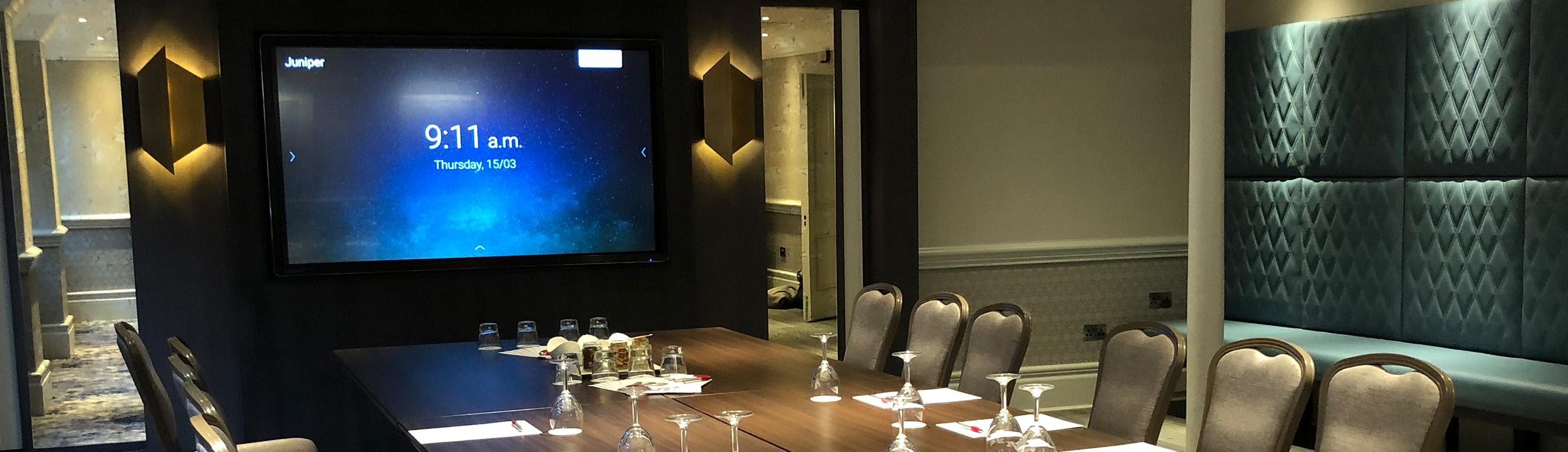 ecran interactif clevertouch hotel hanbury