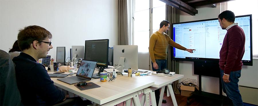 ecran tactile pour gestion de projet