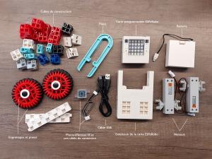 un kit pour construire un robot au collègue