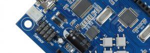 une carte Arduino pour la programmation du robot avec Scratch