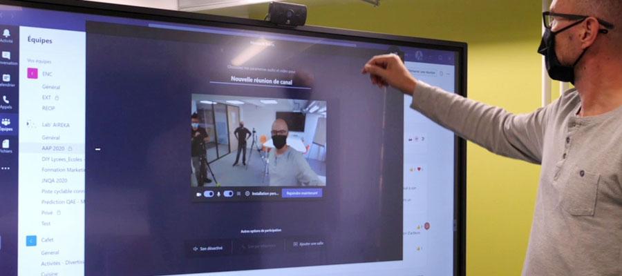 visioconférence et télétravail avec l'écran interactif SpeechiTouch