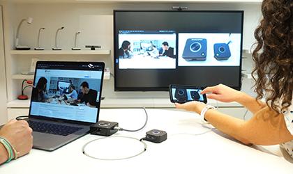 des solutions sans fil pour faire des réunions sur écrans interactifs