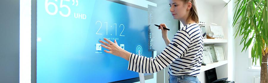 ecran interactif capacitif visioconference