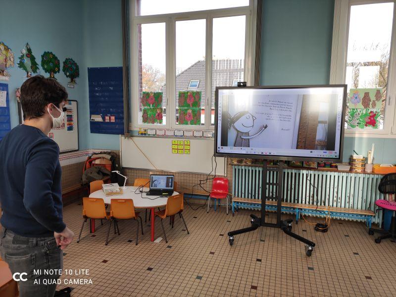 écran interactif maternelle