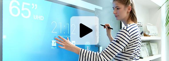écran interactif doigt stylet travail collaboratif